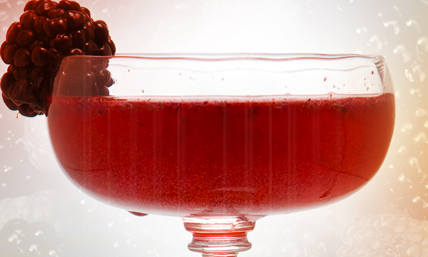 back-in-blackberry-cocktail-recipe