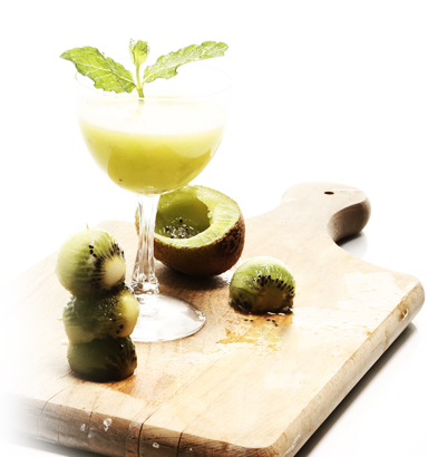 Try this tropical kiwi west cocktail recipe from clique for Cocktail kiwi vodka