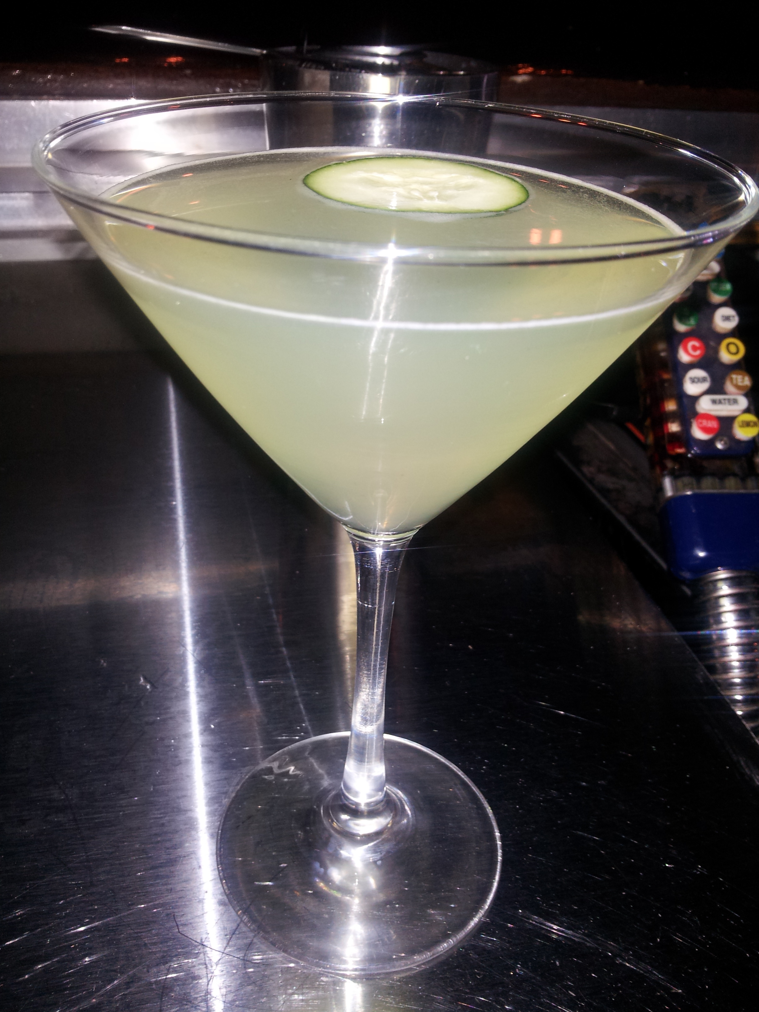 Great Green St. Patrick's Day Cocktails: Cucumber Melon-Tini