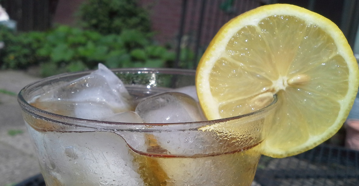 how-to-make-the-best-sweet-tea-vodka